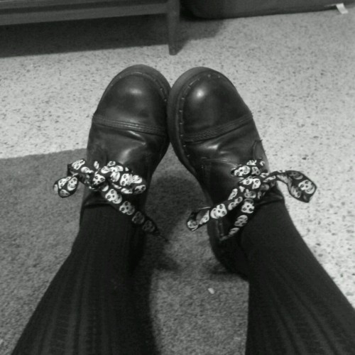 teatimetracy:  I bet you guys didn't know ive had misfits laces for like 7 years