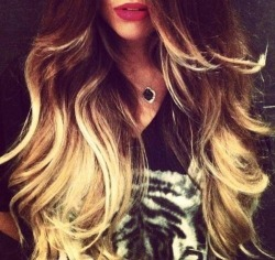 Hair / ~ on We Heart It. http://m.weheartit.com/entry/51277398/via/highlexi