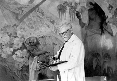 poboh:  Alfons Mucha in his studio.