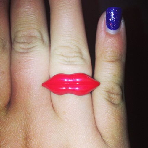 Check out my cute new lip ring! #lips #redlips #firelips #hotlips #ring #jewelry