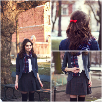 lookbookdotnu:  Red bow  (by Weronika Z.)      (via TumbleOn)