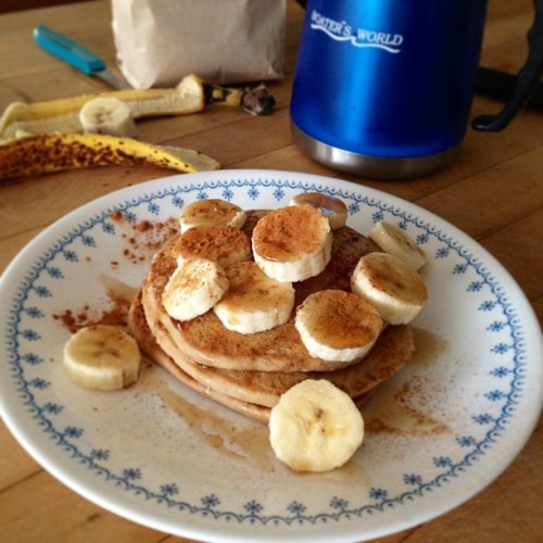 Enjoying some gluten-free banana pancakes made with @wholesomechow AP flour! I love pancakes! #vegan #vegetarian #veganfoodshare #veganops #foodporn #food #pancakes #whatveganseat #glutenfree #breakfast