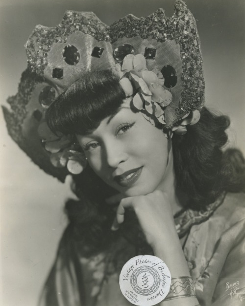 Sen Lee Fu (Miss Fuquai): vintage 8x10 photoBorn in Montreal, Canada and of Chinese and French-Polynesian (most likely Tahitian) parentage, Sen Lee Fu was a popular dancer throughout the 1950s. Sen Lee Fu was her stage name, but I have only found her birth name given as 'Miss Fuquai'.