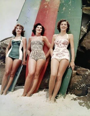retro-girl811:  1950's Surfer Girls