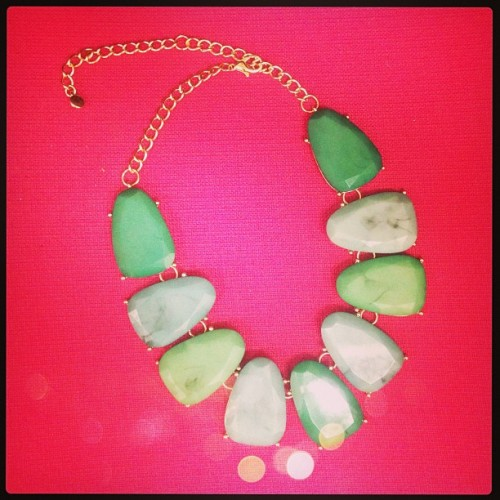 We're all about #emerald right now! i.sttyle.it/oval-drop Our oval drop necklace is also available in coral and yellow. (at Send the Trend HQ)