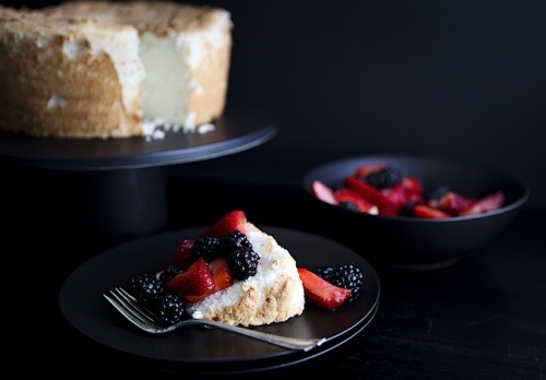 ambrosiadessert:  Angel Food Cake
