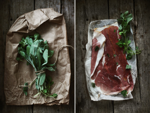 thatkindofwoman:  Herbed Flatbread with Prosciutto, Arugula Pesto & Sheep's Milk Cheese - Roost - Roost: A Simple Life