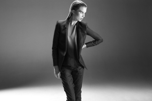 ARCHITECTURAL SUITING New structured blazers and stove pipe trousers available in our summer fabrication Matrix Linen.