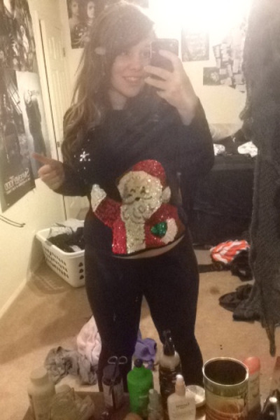 Dat ugly sweater.