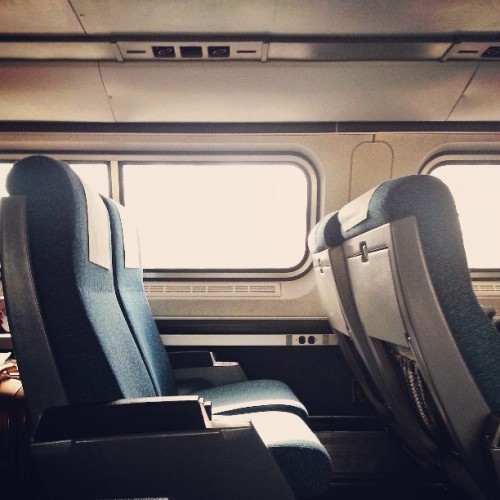 Quite a bit of room on these trains… Kinda liking the Amtrak thing. #amtrak #longtravelday #nonrev #lincolnservice