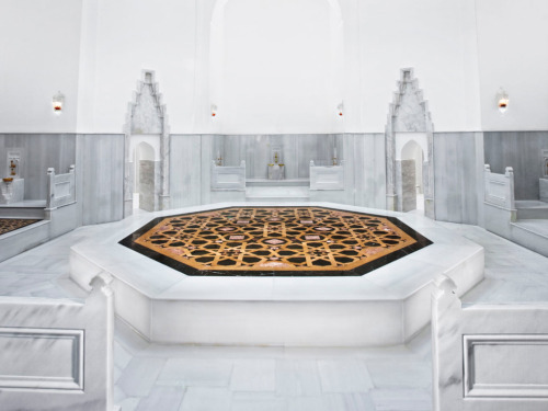 The Basics of a Turkish Bath | The Hot Room at Ayasofya Hurrem Sultan Bath
