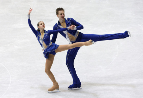 Magdalena Klatka and Radoslaw Chruscinski skating their long program to The Addams Family at the 2011 Junior Worlds.