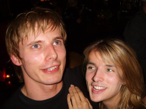 camelotfags:  actual pic of bradley and his girlfriend colinisha (◕‿◕)