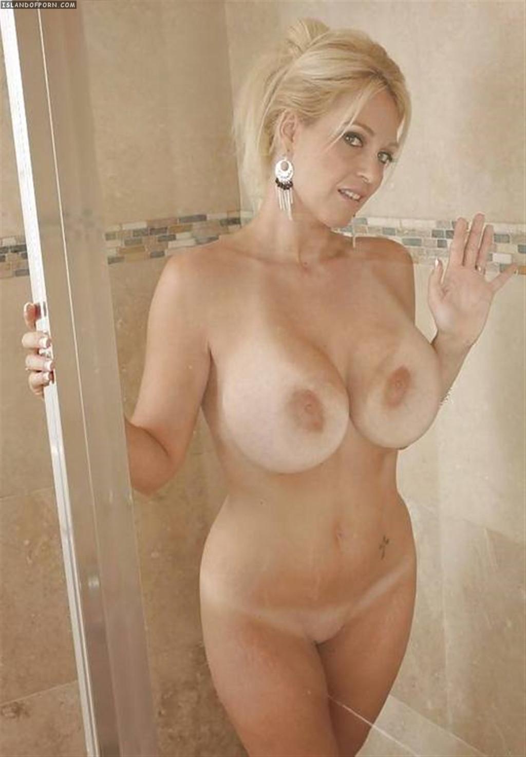 Смотреть фото голых женщин возраст 30 40 5 фотография