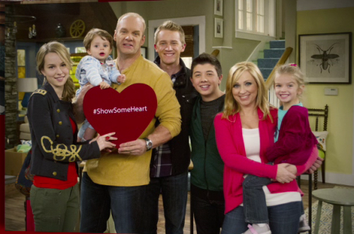 First Good Luck Charlie season 4 cast pic with the new actor playing Toby!