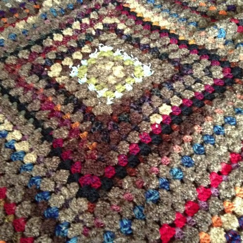 #crochet #crocheting #yarn #blanket