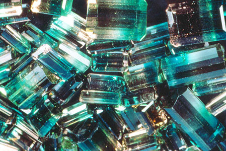 cretinstompers:  All tourmalines enhance understanding, increase self-confidence and amplify psychic energies. They neutralize negative energies, dispel fear and grief as well as aid in concentration and communication.