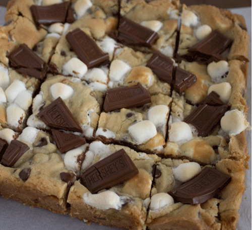 ilovedessert:  S'mores Cookie Bars