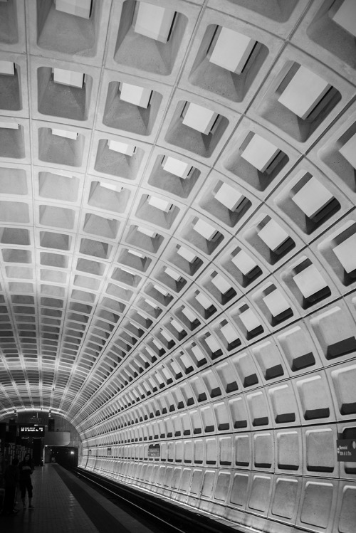 mbaquino:  vanishing point  tumblr feature - subway system in DC designed by my grandfather, Harry Weese