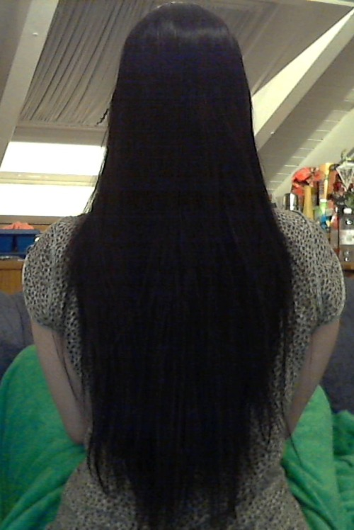 I read that you wish for more submissions. Voila, my hair! :3 (hope the quality is okay…)