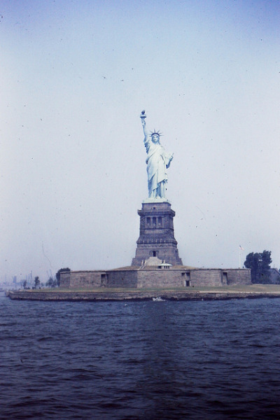netimu:  Statue of Liberty by h willome on Flickr.