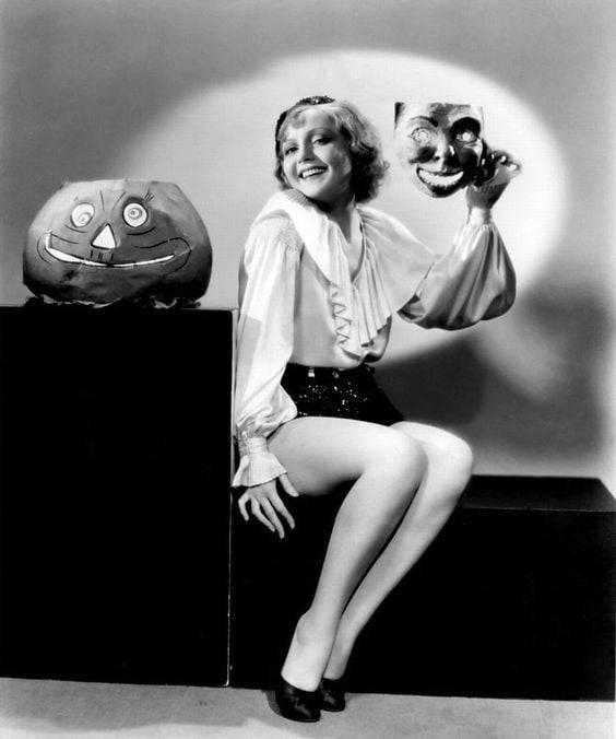 Nancy Carroll 🎃 #Nancy Carroll#old hollywood#halloween#movie stars#legends#iconic#vintage#glamour#old cinema#golden era #hollywood golden age #classic hollywood#hollywood#stars#photos