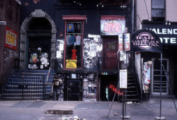 "Trash and Vaudeville, The Shop That Punk Built - An excellent history of the storied punk establishment. Including this great line from Jimmy Webb manager and buyer: ""Lou Reed's 1972 ode to hustlers, transsexuals and transsexual hustlers would alter Mr. Webb's life. 'A friend asked, 'Do you know what it means?' ' he recalled. 'I did without knowing it. I knew I was a boy that had to leave to go somewhere.'"""