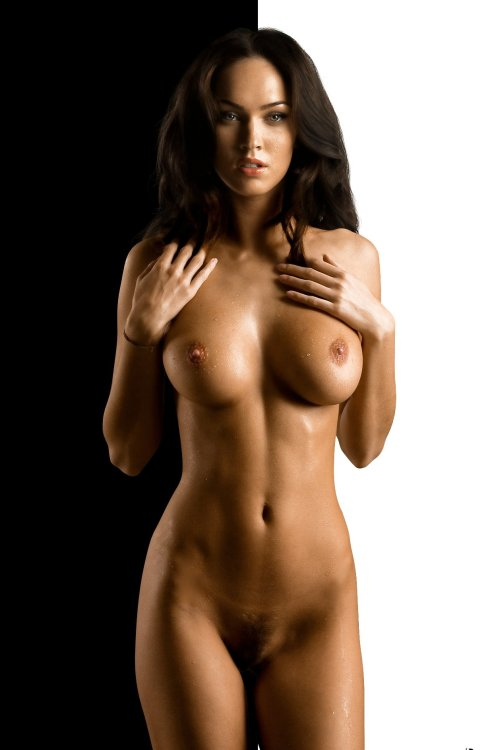 Reblog if you like!!!!! Submit your own sexy naked pics at: rplanters4@aol.com or http://iwanttoeatyourwetpussy.tumblr.com/submit