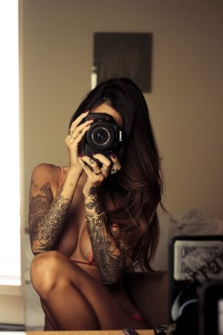 inkedgirlsblog:  Tattoos don't always need color. Especially on a sexy body like that.