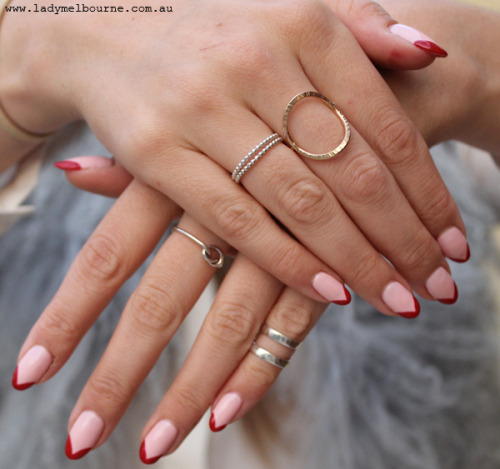 Fashion blogger Lady Melbourne wear the Double Midi Ring by Benjamin Black Goldsmiths (pinky).