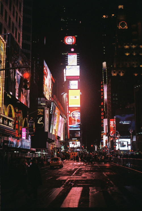 hellanne:  Time Square (by EvanTaylorRVA)