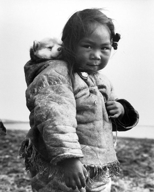Richard Harrington. Coppermine, NWT, 1949