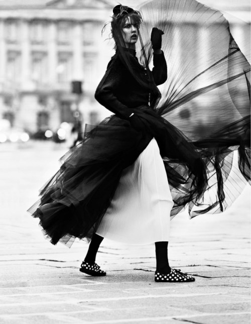 """Street Dance"" (+) Vogue Paris, March 2013 photographer: Lachlan Bailey Karlie Kloss"