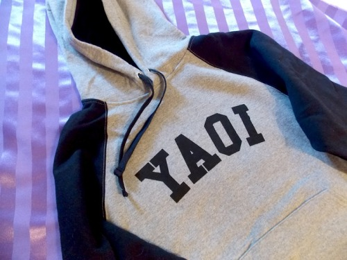 Love Yaoi? ✧♡✧*¨*•.❥ Find more bags, t-shirts, hoodies, and tank tops to express your love for boys who love boys here!http://www.gesshoku.com/advanced_search_result.php?keywords=yaoi✧♡✧*¨*•.❥