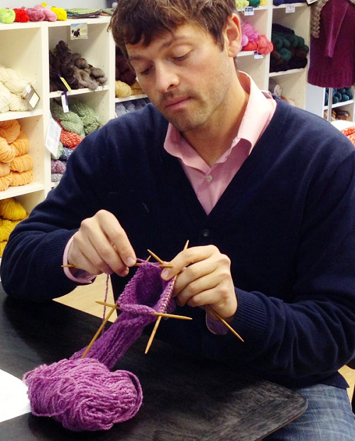 lionteacher:  (via I know, tough, right? I'm knitting a carrier for my chainsaw here.)