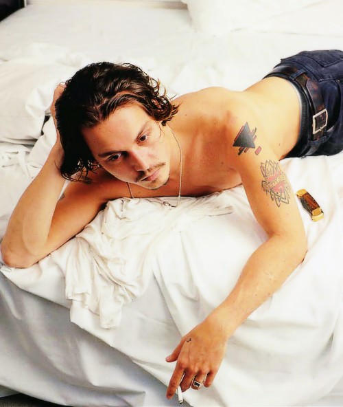 Johnny Depp photographed by Annie Leibovitz, 1994What I'd hoped my Valentine's would look like.