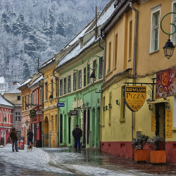 travelthisworld:  Old City ♦ Brasov, Romania | by George Nutulescu