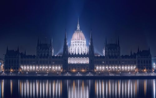 Book a magical tour of Budapest.  Bohemian Romance at its best.