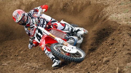 "Supercross rider, Trey Canard, has battled back from severe injuries and is now ready to compete. Check out his new documentary ""REvival 41"" exclusive on XGAMES.com today.  http://es.pn/10Q7Myk"