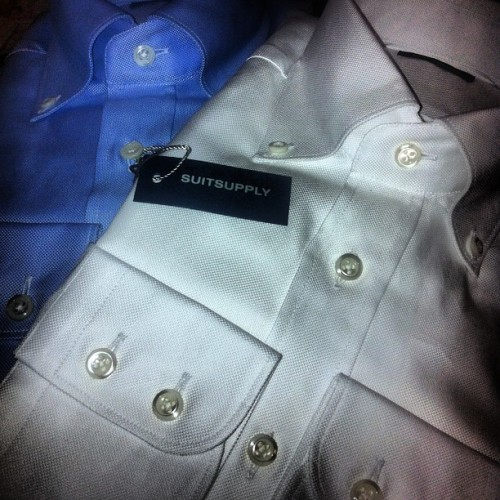 Shirts, as they supposed to be. Oxford Cloth Button Down. By @mrsuitsupply  #ocbd #white #blue #suitsupply #madetomeasure #mtm #buttondown #menstyle #menswear #latebdaypresents