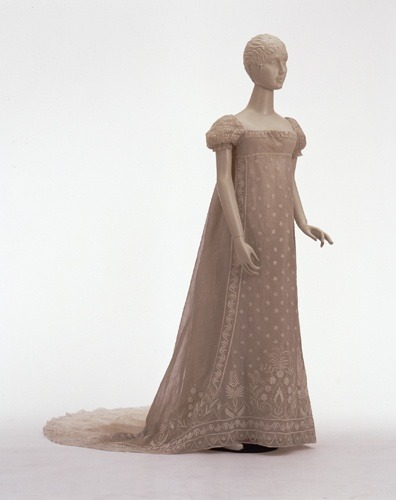 fripperiesandfobs:  Dress, 1805-10 From the Wurttemburg State Museum