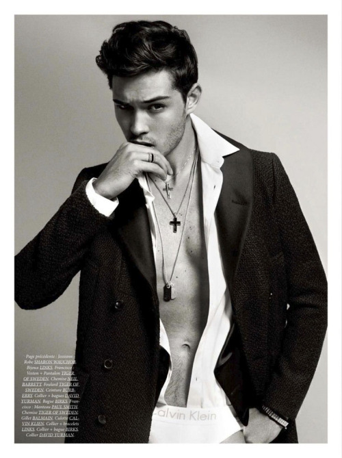 Francisco Lachowski by Sylvain Blais. Dress to Kill Magazine.