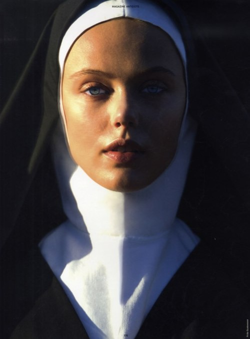 thebeautymodel:  Frida Gustavsson by Hans Feurer for Antidote.