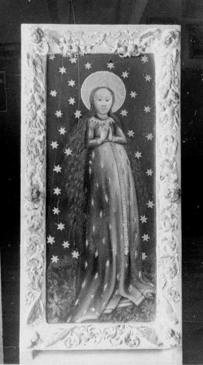 Maria Strassengel The late medieval miraculous image of Mary venerated in Strassengel, Austria. Mary is depicted as Our Lady of Grains, standing in prayer while pregnant and wearing a dress with a pattern of full ears of wheat. She thus becomes the Mother of the Bread of Life, one of Christ's Eucharistic titles.