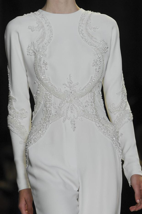 im-fixing-a-hole:  Elie Saab Haute Couture Spring 2013