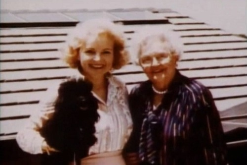 Betty White and her mother Tess, c. 1982.