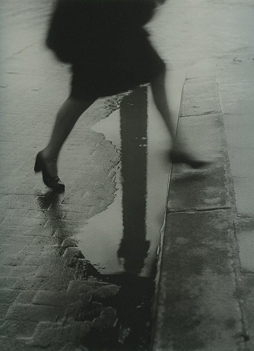 losed:  Willy Ronis, Paris 1947