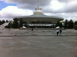 The Circus, Ashgabat, Turkmenistan [arch. unknown]  Ready for spinning lift-off.
