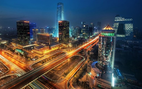 An interesting look at smart cities. smarterplanet:  10 Most Impressive Smart Cities On Earth It wasn't too long ago that the term 'Smart City' was not on very many people's radar screens, but today smart cities are popping up all over the place and people are becoming more familiar with what that entails. In case you're not familiar with the term a smart city uses information combined with technology to improve quality of life, reduce environmental impact, and decrease energy demand. This list of the smartest cities on the planet takes those factors into consideration, as well as the 'smart' plans the city might have for the future.
