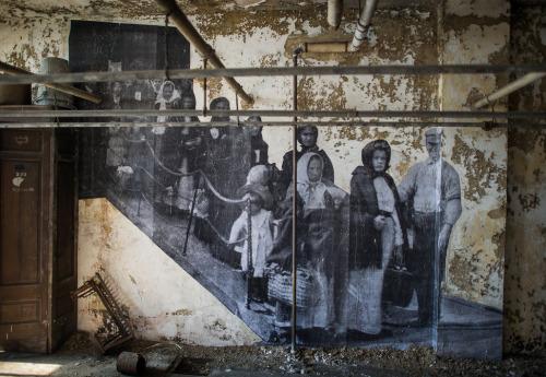 nevver:JR on Ellis Island